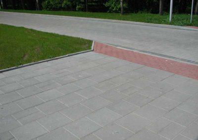 plyta-chodnikowa-35x35-producent-Superbruk-przykladowa-realizacja-chodnik