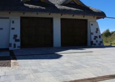 plyta-betonowa-wielkoformatowa-VIP-lupek-Premium-producent-Superbruk-realizacja-01