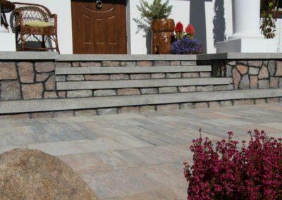 plyta-betonowa-wielkoformatowa-VIP-lupek-Premium-producent-Superbruk-realizacja-04
