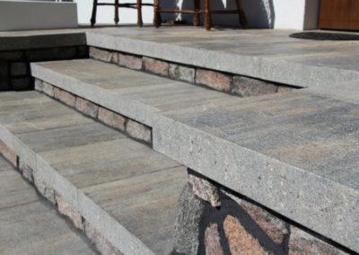 plyta-betonowa-wielkoformatowa-VIP-lupek-Premium-producent-Superbruk-realizacja-05