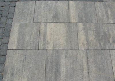 plyta-betonowa-wielkoformatowa-VIP-lupek-Premium-producent-Superbruk-realizacja-08