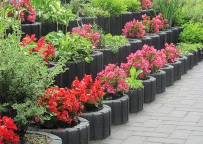 Gazon-betonowy-ogrod-kwiaty-producent-ABW-superbruk-bialystok-realizacja-03
