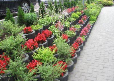 Gazon-betonowy-ogrod-kwiaty-producent-ABW-superbruk-bialystok-realizacja-04
