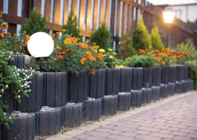 Gazon-betonowy-ogrod-kwiaty-producent-ABW-superbruk-bialystok-realizacja-10