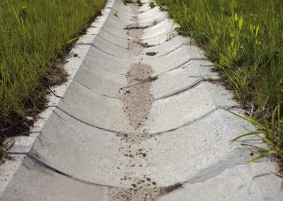 Korytka-polokragle-betonowe-odplyw-producent-ABW-superbruk-bialystok-realizacja-01