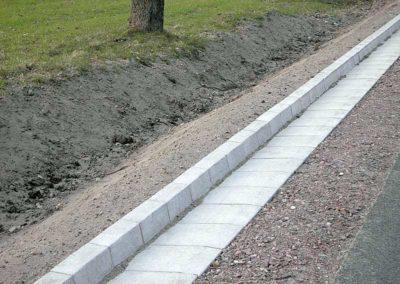 Korytka-trojkatne-betonowe-odplyw-producent-ABW-superbruk-bialystok-realizacja-02