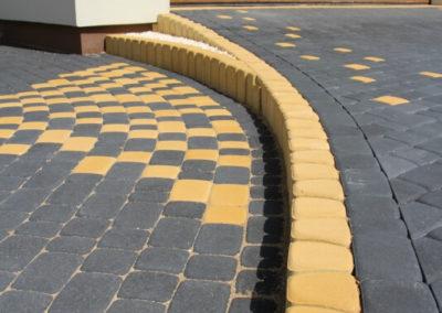 Palisada-trapezowa-betonowa-producent-ABW-superbruk-bialystok-realizacja-01