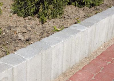 Palisada-trapezowa-betonowa-producent-ABW-superbruk-bialystok-realizacja-03
