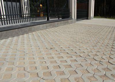 Plytka-chodnikowa-azurowa-EKO-beton-producent-ABW-superbruk-bialystok-realizacja-03-parking