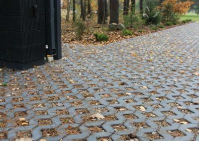 Plytka-chodnikowa-azurowa-EKO-beton-producent-ABW-superbruk-bialystok-realizacja-05-parking